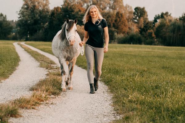 Nisi und ihre Sweethome Ponys haben ein CXEVALO Lieblingsprodukt